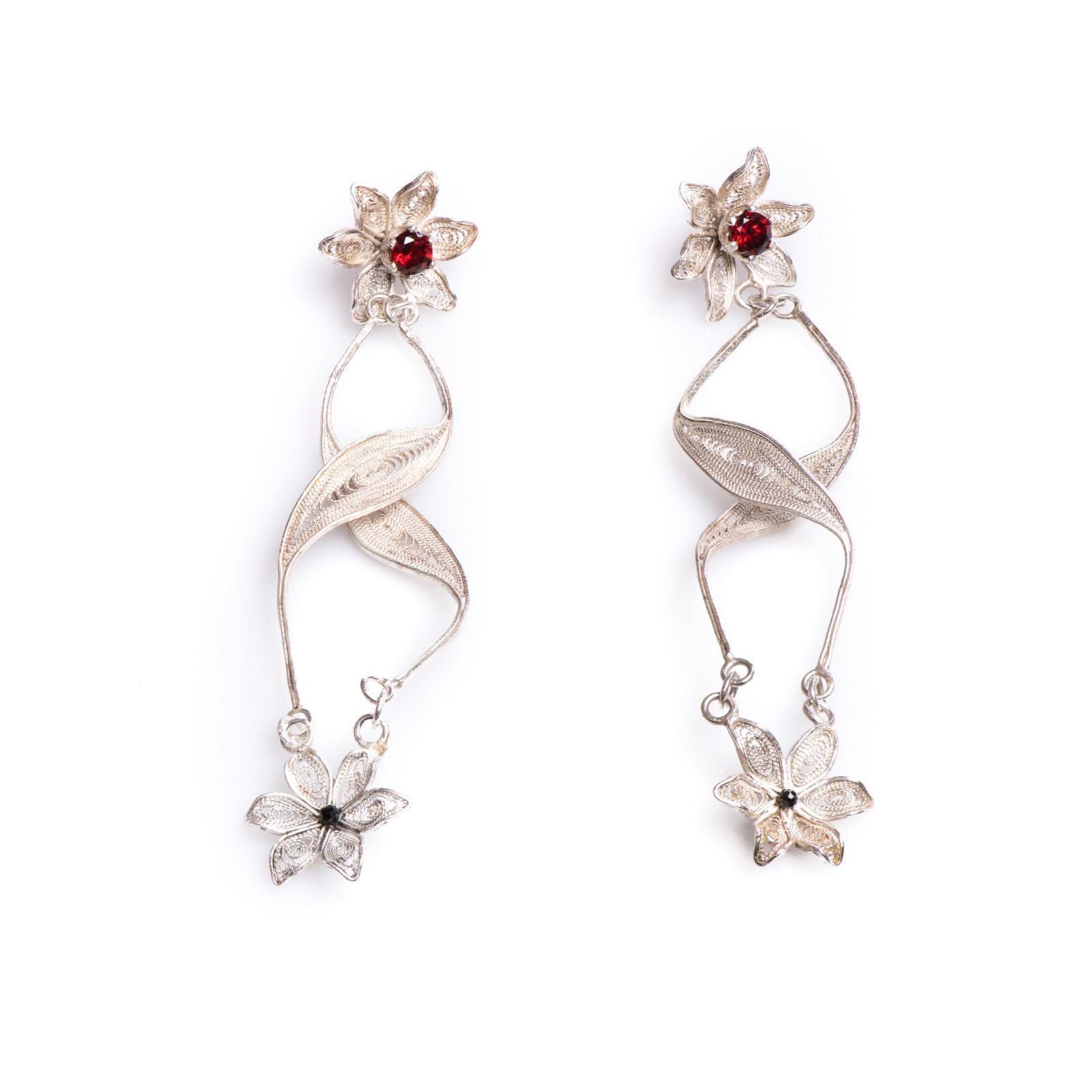 silver earings_jewlery_fillegree_RafGallery_romanian_art_VR_gallery_shop_360